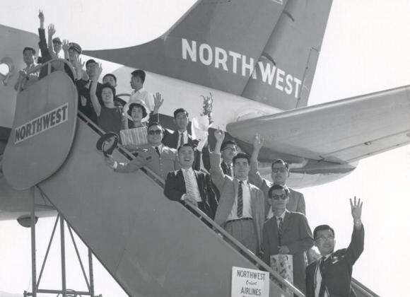 첫 한국인 장학금 수혜자 11명 미국 출국